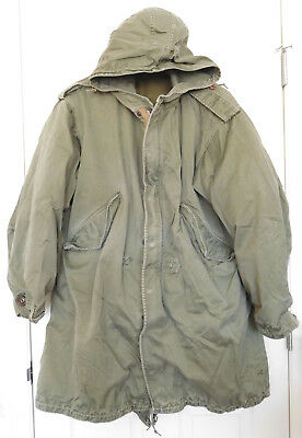 Original U.S. Army M51 Fishtail Parka w/ Liner & Real Wolf Fur Hood-size Small