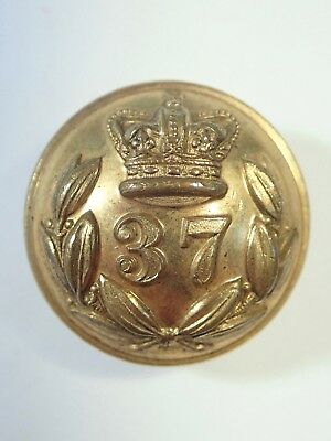 37th (North Hampshire) Foot origi. Large Victorian Officers Button (Oakshette).
