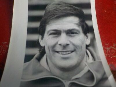 STUART PEARSON(ex MAN UNITED),-Real Glossy photo as Stockport Assistant Manager