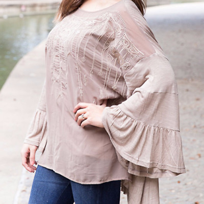 33a135d23431f1 NWT URBAN MANGO Bell Sleeve Embroidered BOHO blouse Top SIZE medium ...