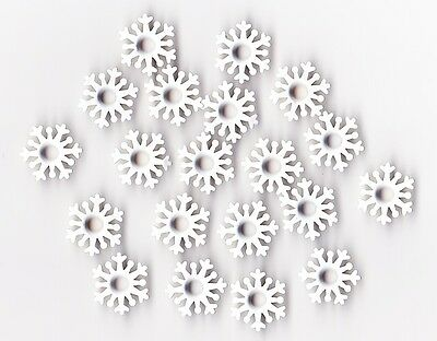 Pack of 20 White Snowflake Eyelets great for Scrapbooking ***FREE POSTAGE***