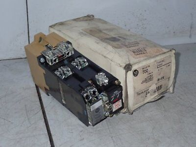 Allen Bradley 700-Pl400A1 Ac Relay With Mechanical Latch Unit