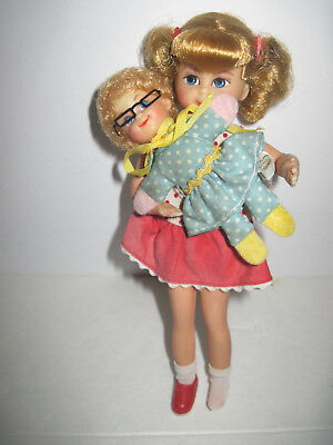VINTAGE SMALL BUFFY & MRS.BEASLEY DollS - FAMILY AFFAIR TV SHOW  Mattel 1967-