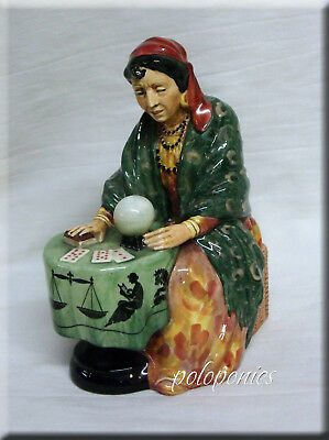 ROYAL DOULTON Fortune Teller HN2159 - Retired 1967 - Professions Series