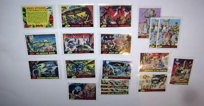Mars Attacks Large Card Lot 1994 Topps Re-Issue Checklist & #1 Included Vg