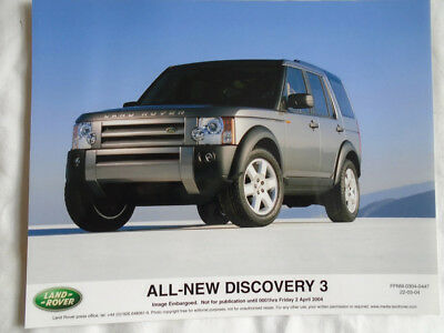 Land Rover Discovery 3 press photo Apr 2004 v1