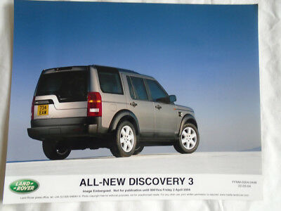 Land Rover Discovery 3 press photo Apr 2004 v3