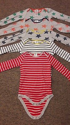 boys bodysuits 18-24 months - good condition