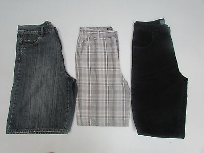 Boys size 16    3 x pairs of Shorts Quiksilver, Billabong & industries