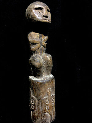 superb!!! ancient amulet TIMOR (with turtle figures at bottom) Indonesia