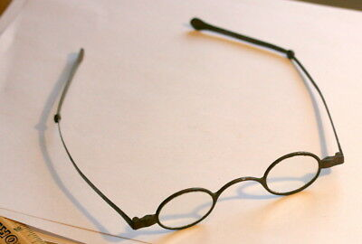 C 1800 , Spectacles  With Reading Lenses, Nothing Broken, No Repairs