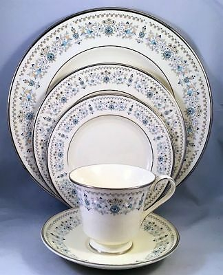 "Minton ""Beaumaris"" 5-Piece Place Setting - Retails $69.95 - Excellent Condition!"