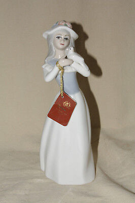Tengra Girl With Dove Figurine From Spain 7891