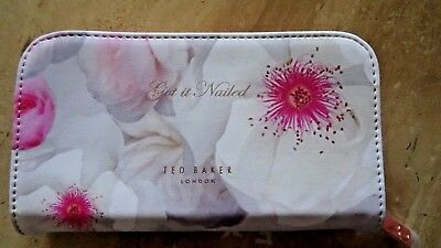 Ted Baker Manicure Set 'Get it Nailed' - New