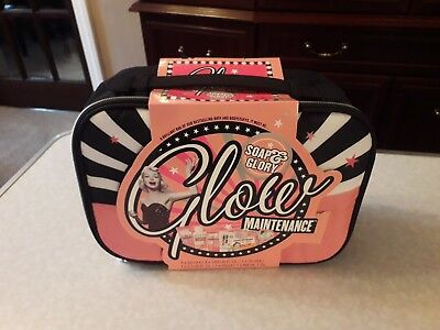 Soap and Glory Glow Maintenance -6 items of Bath & Bodystuffs Plus toiletry Bag
