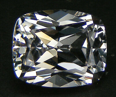 5 CARATS TOP QUALITE TAILLE COUSSIN 11x9 MM. SAPHIR BLANC CORINDON DE SYNTHESE