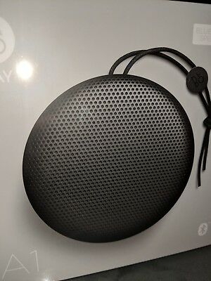 BeoPlay A1 Black Bang Olufsen Bluetooth Lautsprecher Neu Speaker WOW HIFI