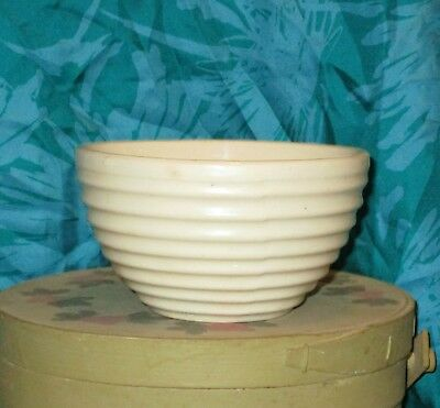 """Vintage SMALL 5 1/2"""" BEEHIVE MIXING BOWL Hard to find Size WHITE Nesting USA 90"""