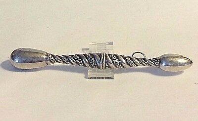 Antique  Sterling Silver Glove Darner Rope Design chatelaine Sewing #371