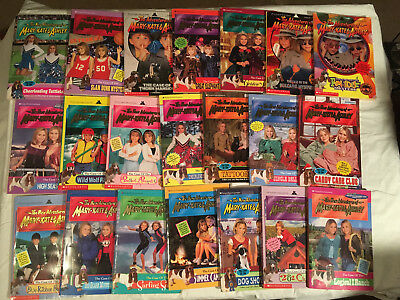 Lot NEW ADVENTURES OF MARY KATE & ASHLEY The Case of SLAM DUNK MYSTERY Lot of 21