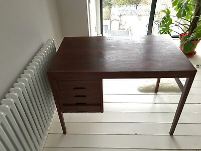 Retro Vintage Danish Single Pedestal Teak Office Desk Mid Century Modern 60s 70s