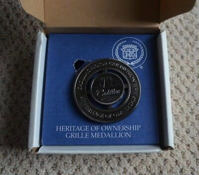 Cadillac Motor Car Division Vii  Heritage Of Ownership Grille  Medallion