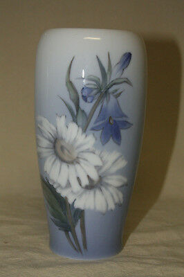 Royal Copenhagen Vase 2651/235 Signed Tr 7514