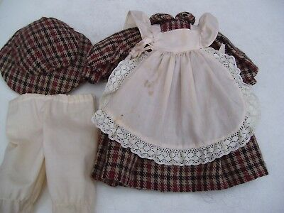 Alte Puppenkleidung Warm Apron Dress Hat Outfit vintage Doll clothes 40cm Girl