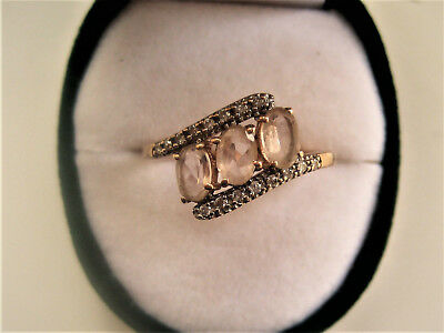 9Ct Yellow Gold  Ring With Diamonds Oval Pink Stones