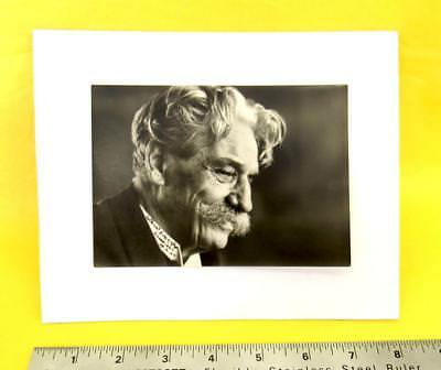 ALBERT SCHWEITZER -- Hand Signed Photograph -- NOBEL PEACE PRIZE 1952