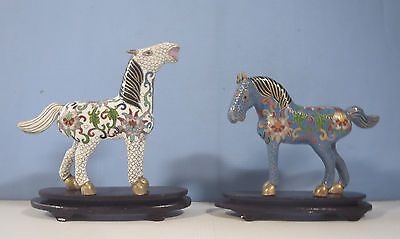 Vintage cloisonne horses pair on display wood stand circa mid 1900-s used ch6 c