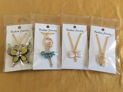 Job Lot Of 4 NEW Items Of Fashion Jewellery MIXED PENDANT NECKLACES 080318.05