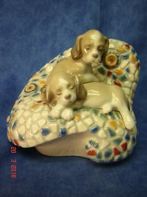 """Lladro Porcelain--#6663---""""in Barcelona""""--Mib--Issued 2000--Ret 2004-Gaudi Coll"""