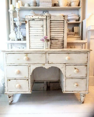 ~*Gorgeous Vintage Chippy Painted Chunky Desk/Dressing Table*~