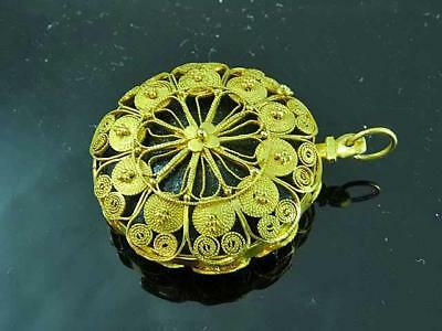 Antique 22K Yellow Gold Fancy Filigree Vinaigrette For Chatelaine