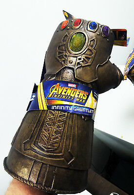 Avengers Infinity War - Thanos Infinity Gauntlet (Adult and Child Sizes)