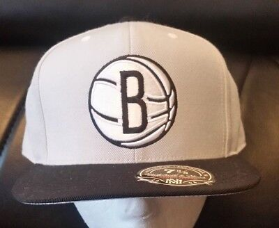 brand new 291fd 30c86 Mitchell   Ness Brooklyn Nets Grey High Crown Fitted Hat Size 7 3 8 FREE