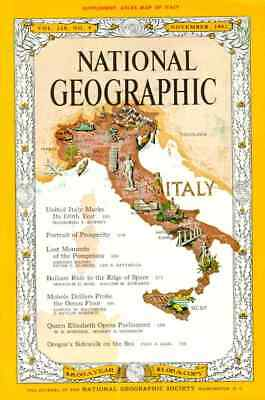 National Geographic Nov 1961 +Map Pompeii Cunard Ss France Italy Balloon Space