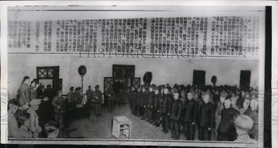 """1954 Press Photo Americans facing Chinese Communist """"judges"""" in Hong Kong"""