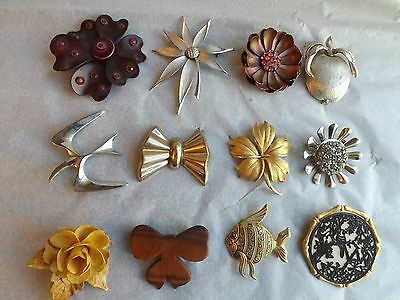 Vintage Lot of 12 Large PINS Bird Flower Wood Bow Fish Stone Gold Silver Tones