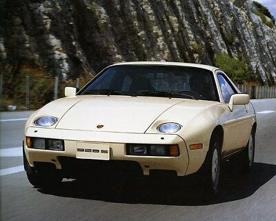 1986 Porsche 928 928S Factory Photo ca9863