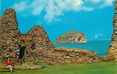 p1285 North Berwick, Scotland postcard