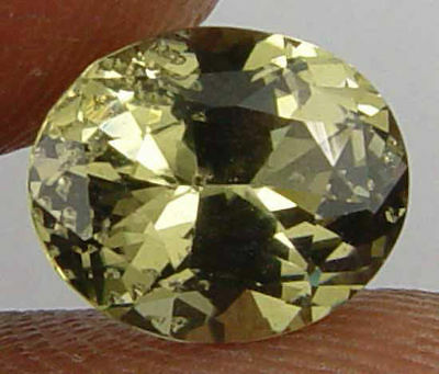 2.35CT Nice Glow Rare 100% Natural Kornerupine 10062919