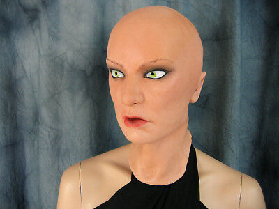 NEW: SCRALETT MASK +EYES/AUGEN - Real. Female Latex Maske Frauenmaske TV CD Zofe