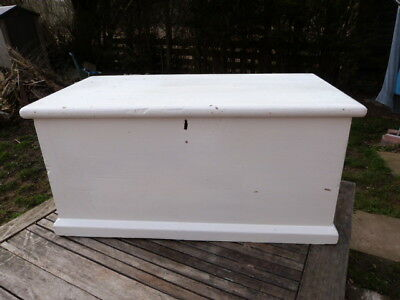 Lovely Antique Vintage Painted Solid Pine Blanket Chest Box.