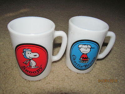 LOT of 2 - 1969 United Features Avon Milk Glass Mugs ~ Snoopy & Charlie Brown