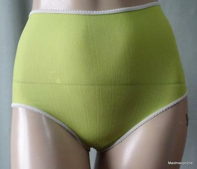 VINTAGE SILKY SOFT LIME GREEN STRETCH NYLON PANTIES KNICKERS ~ Small