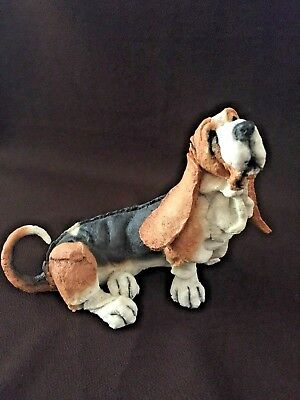 "A BREED APART Large Basset Hound #70009 ~ 2001 Country Artists 7"" x 9"""