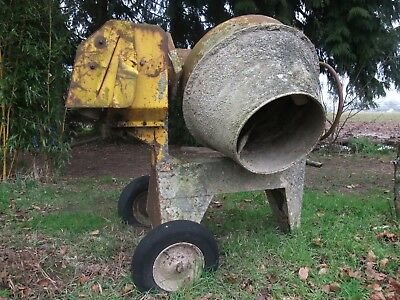 'The Little Benford' Cement Mixer - Villiers C12 petrol engine