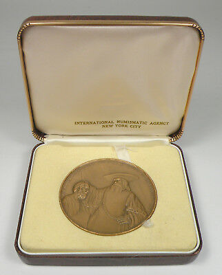 MEDALLIC ART CO. NY. - 1962 Rembrandt Aristotle And Homer Bronze Medal